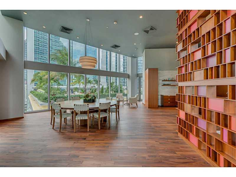 Brickell House image #29