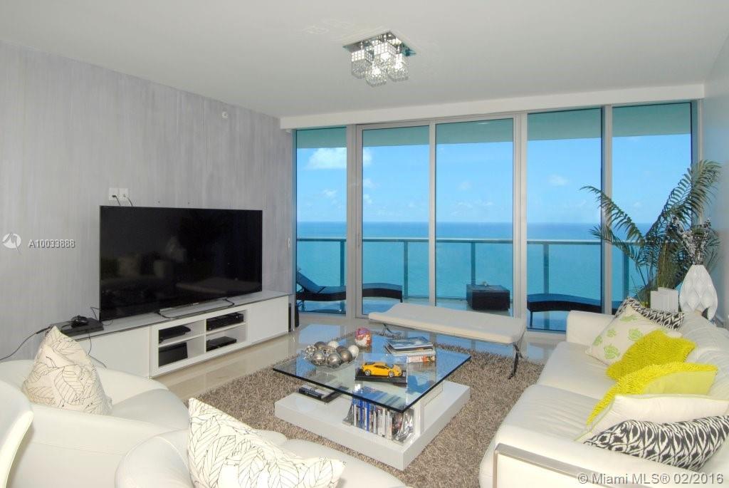 Jade Beach image #9