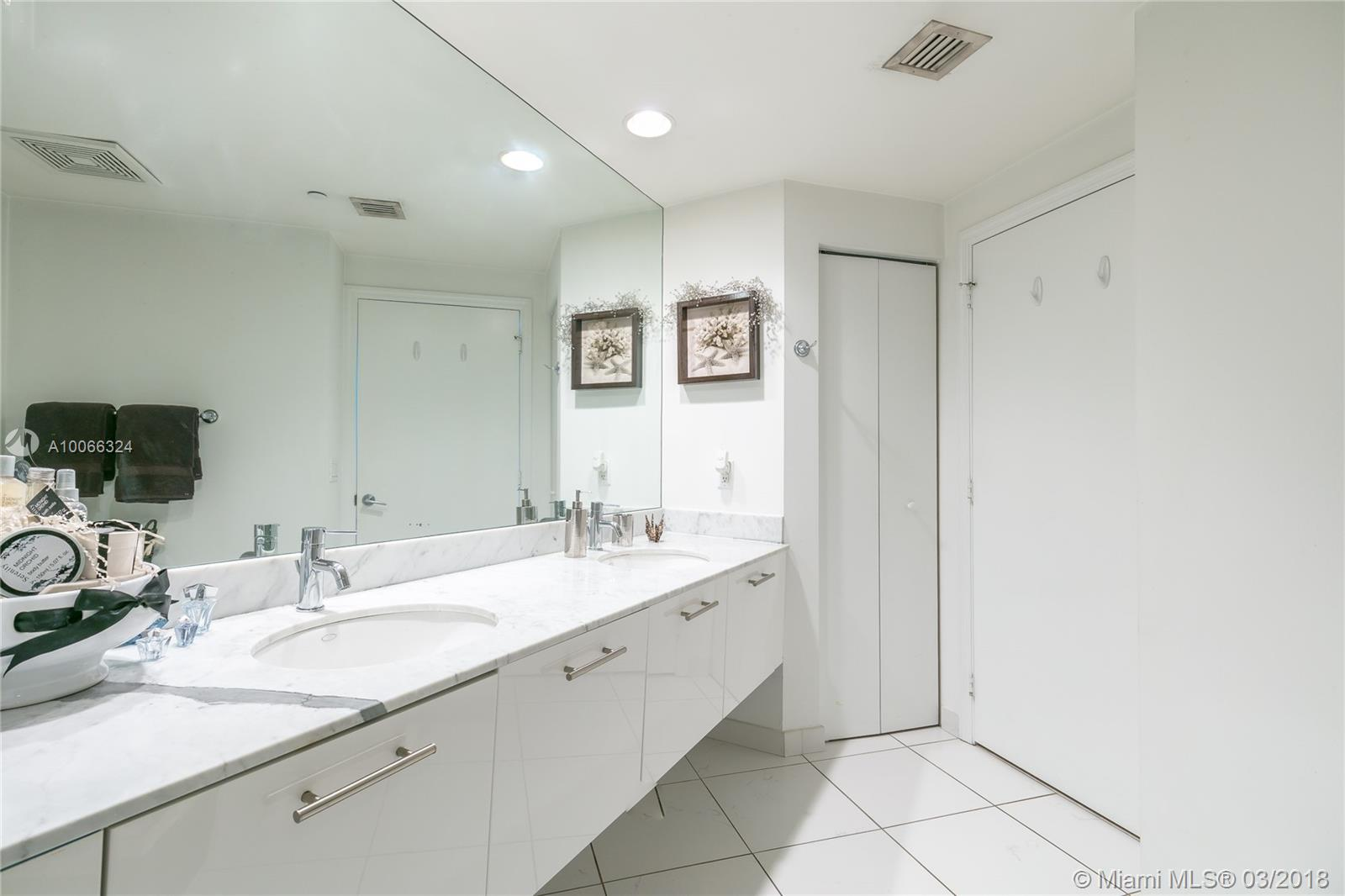 500 Brickell Avenue and 55 SE 6 Street, Miami, FL 33131, 500 Brickell #3301, Brickell, Miami A10066324 image #18