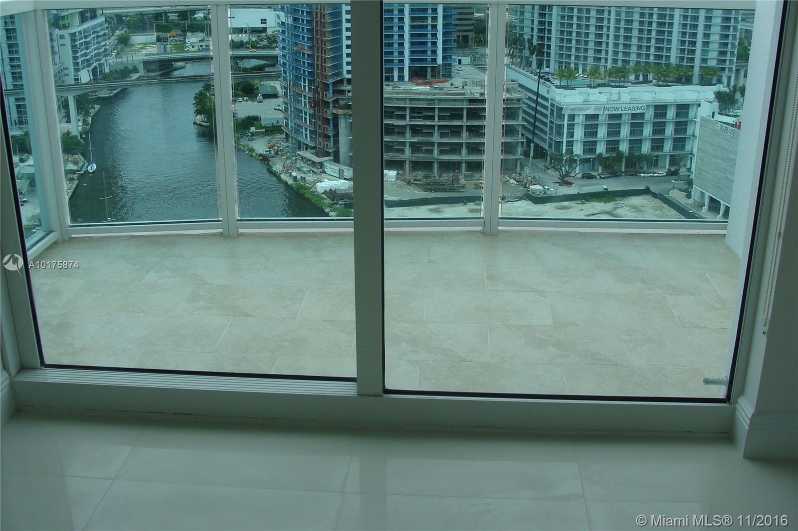 Brickell on the River South image #3