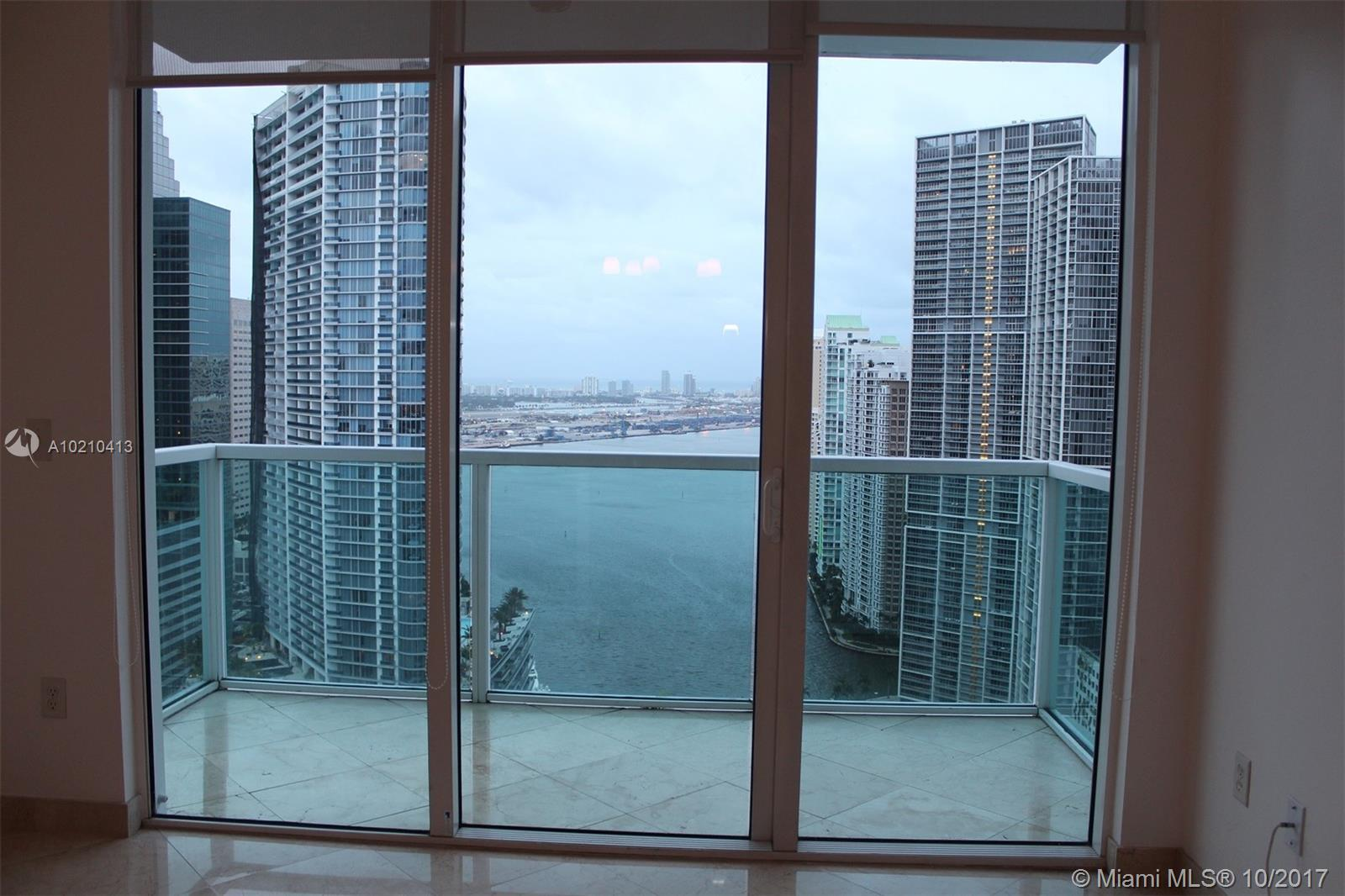 Brickell on the River North image #28