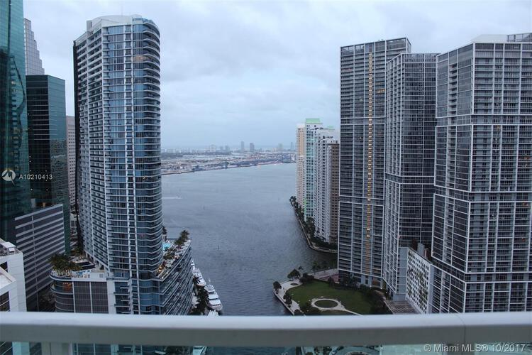 Brickell on the River North image #31