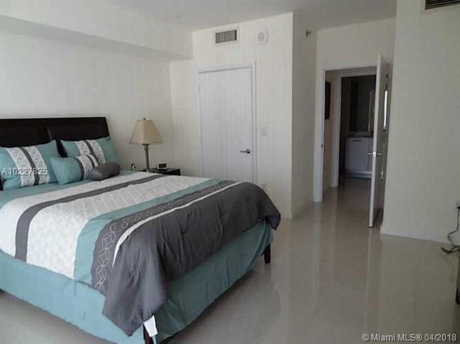500 Brickell Avenue and 55 SE 6 Street, Miami, FL 33131, 500 Brickell #2008, Brickell, Miami A10227825 image #11