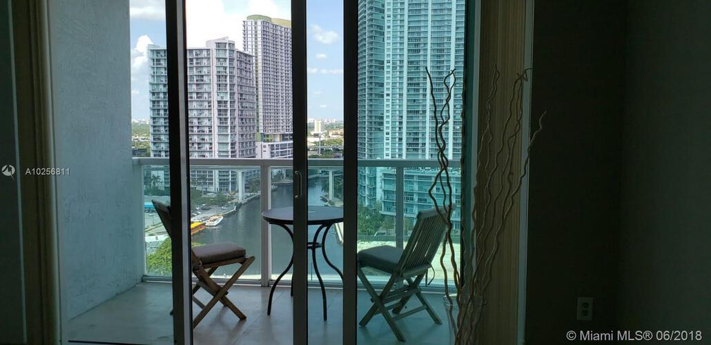 31 SE 5 St, Miami, FL. 33131, Brickell on the River North #2003, Brickell, Miami A10256811 image #1