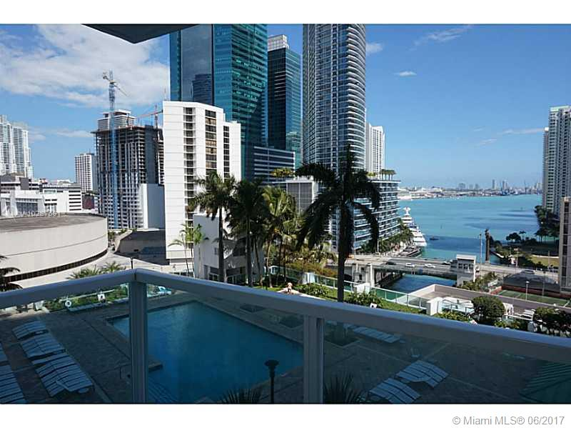 Brickell on the River North image #4
