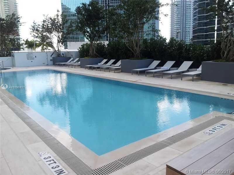 Brickell House image #16