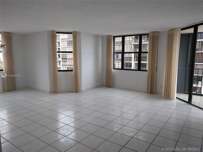 Brickell Place III image #2