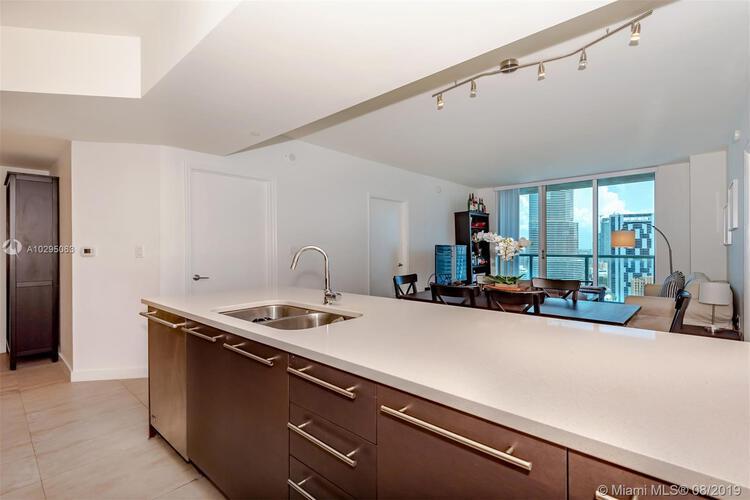 500 Brickell Avenue and 55 SE 6 Street, Miami, FL 33131, 500 Brickell #3003, Brickell, Miami A10295063 image #11