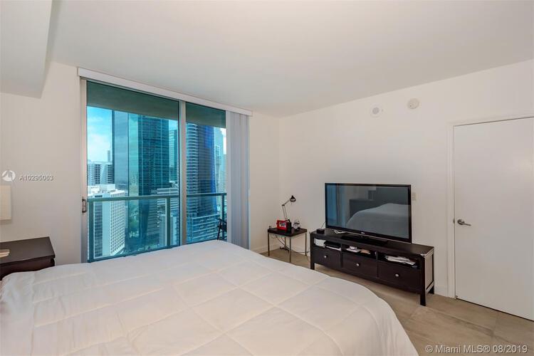 500 Brickell Avenue and 55 SE 6 Street, Miami, FL 33131, 500 Brickell #3003, Brickell, Miami A10295063 image #17