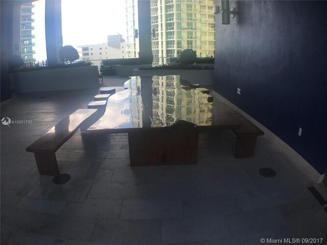 Brickell House image #43