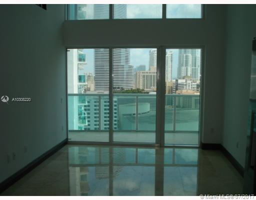 Brickell on the River South image #4