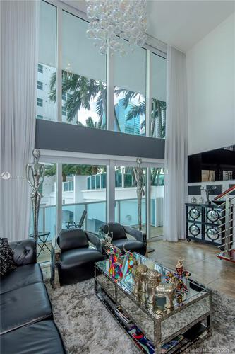 41 SE 5th Street, Miami, FL 33131-2504, Brickell on the River South #717, Brickell, Miami A10311853 image #3
