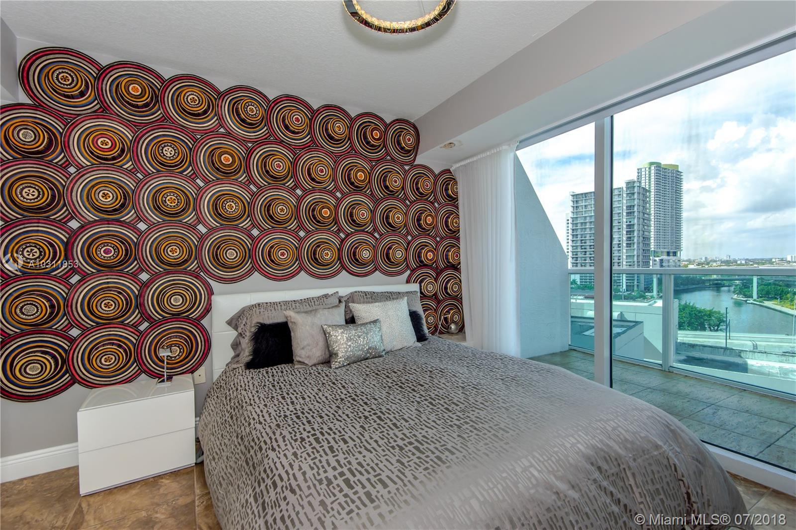 41 SE 5th Street, Miami, FL 33131-2504, Brickell on the River South #717, Brickell, Miami A10311853 image #4