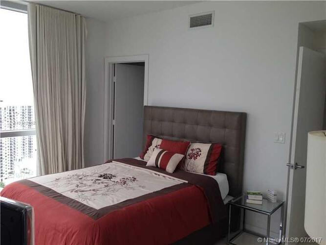 1050 Brickell Ave & 1060 Brickell Avenue, Miami FL 33131, Avenue 1060 Brickell #4011, Brickell, Miami A10312162 image #10
