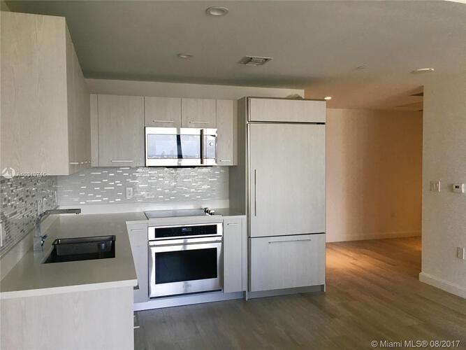 45 SW 9th St, Miami, FL 33130, Brickell Heights East Tower #2702, Brickell, Miami A10313715 image #3