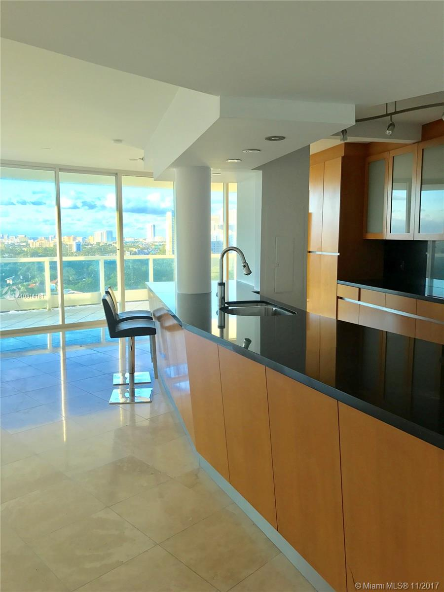 Bristol Tower Condominium image #6