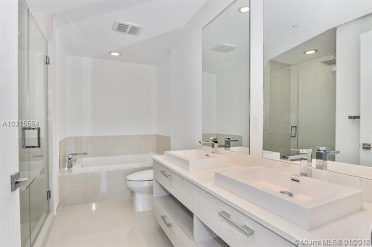 45 SW 9th St, Miami, FL 33130, Brickell Heights East Tower #2906, Brickell, Miami A10315594 image #4