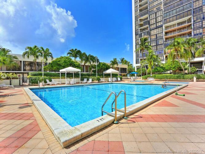 1901 Brickell Ave, Miami, FL 33129, Brickell Place II #C1101, Brickell, Miami A10316723 image #10