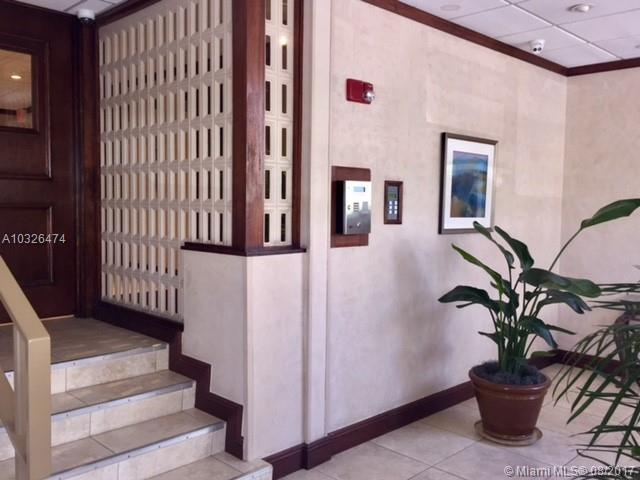 Bayshore Place image #11