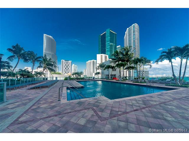 Brickell on the River South image #21