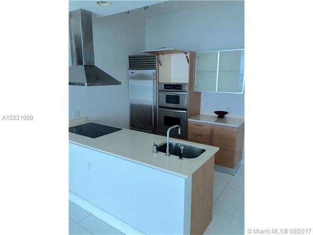 218 SE 14th St, Miami, Fl 33131, Emerald at Brickell #TS207, Brickell, Miami A10331099 image #1