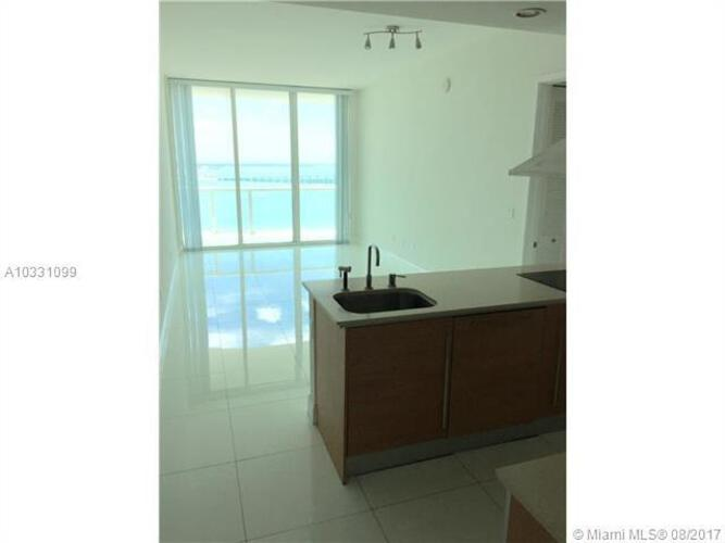 218 SE 14th St, Miami, Fl 33131, Emerald at Brickell #TS207, Brickell, Miami A10331099 image #2