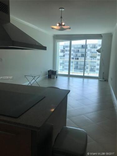 218 SE 14th St, Miami, Fl 33131, Emerald at Brickell #1003, Brickell, Miami A10336193 image #2