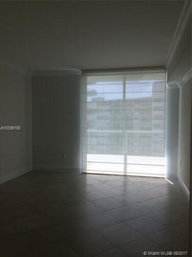 218 SE 14th St, Miami, Fl 33131, Emerald at Brickell #1003, Brickell, Miami A10336193 image #5