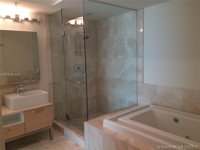 218 SE 14th St, Miami, Fl 33131, Emerald at Brickell #1003, Brickell, Miami A10336193 image #10