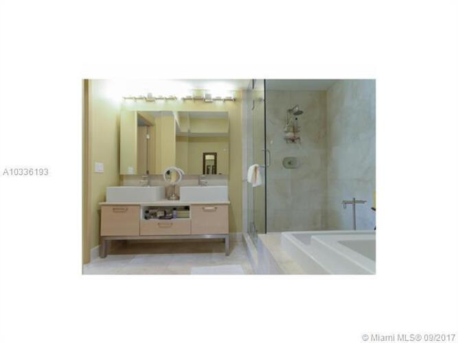 218 SE 14th St, Miami, Fl 33131, Emerald at Brickell #1003, Brickell, Miami A10336193 image #15