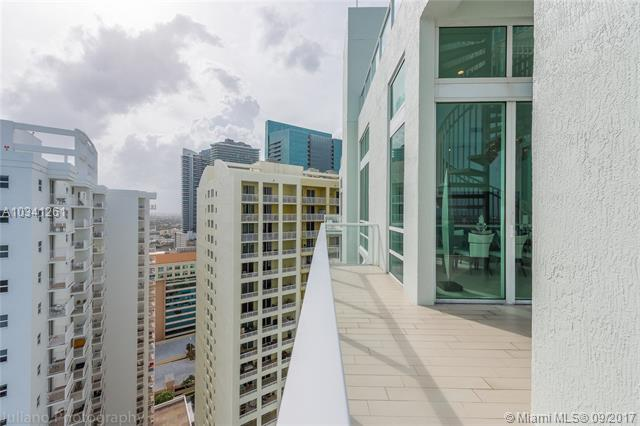 Emerald at Brickell image #11