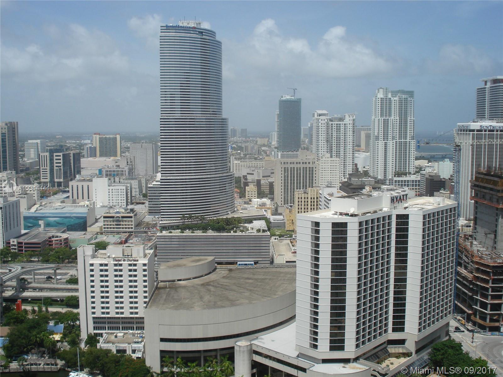 500 Brickell Avenue and 55 SE 6 Street, Miami, FL 33131, 500 Brickell #3707, Brickell, Miami A10344441 image #3