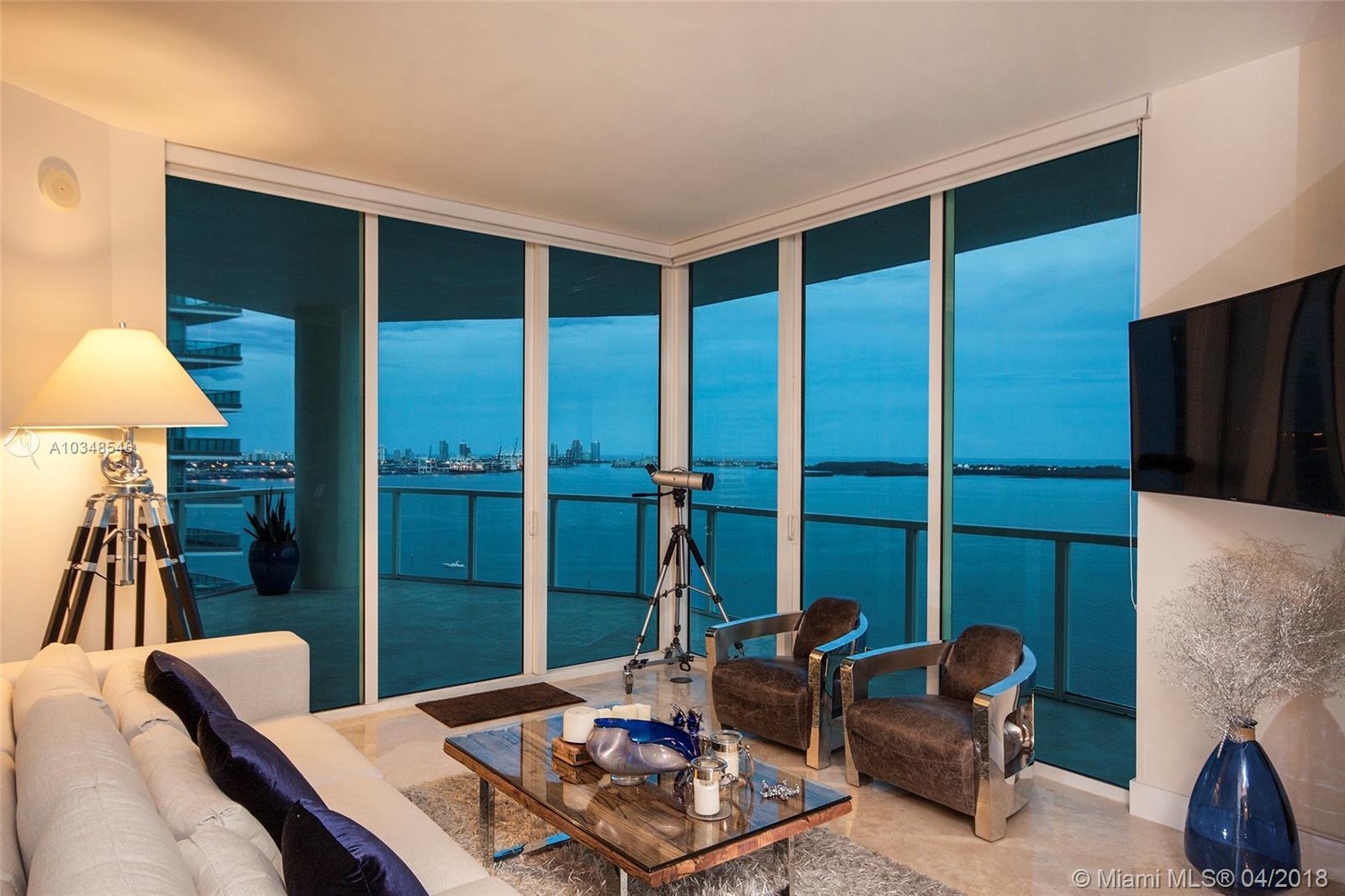 218 SE 14th St, Miami, Fl 33131, Emerald at Brickell #TS101, Brickell, Miami A10348546 image #1