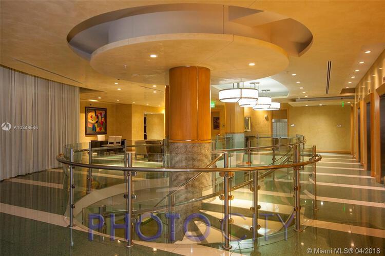 218 SE 14th St, Miami, Fl 33131, Emerald at Brickell #TS101, Brickell, Miami A10348546 image #18