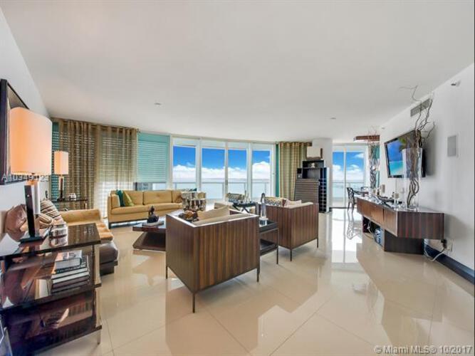 2127 Brickell Avenue, Miami, FL 33129, Bristol Tower Condominium #1701, Brickell, Miami A10349123 image #2