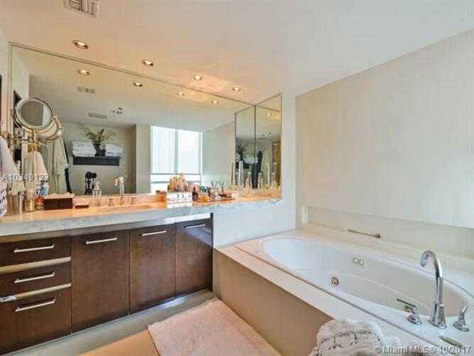 2127 Brickell Avenue, Miami, FL 33129, Bristol Tower Condominium #1701, Brickell, Miami A10349123 image #8