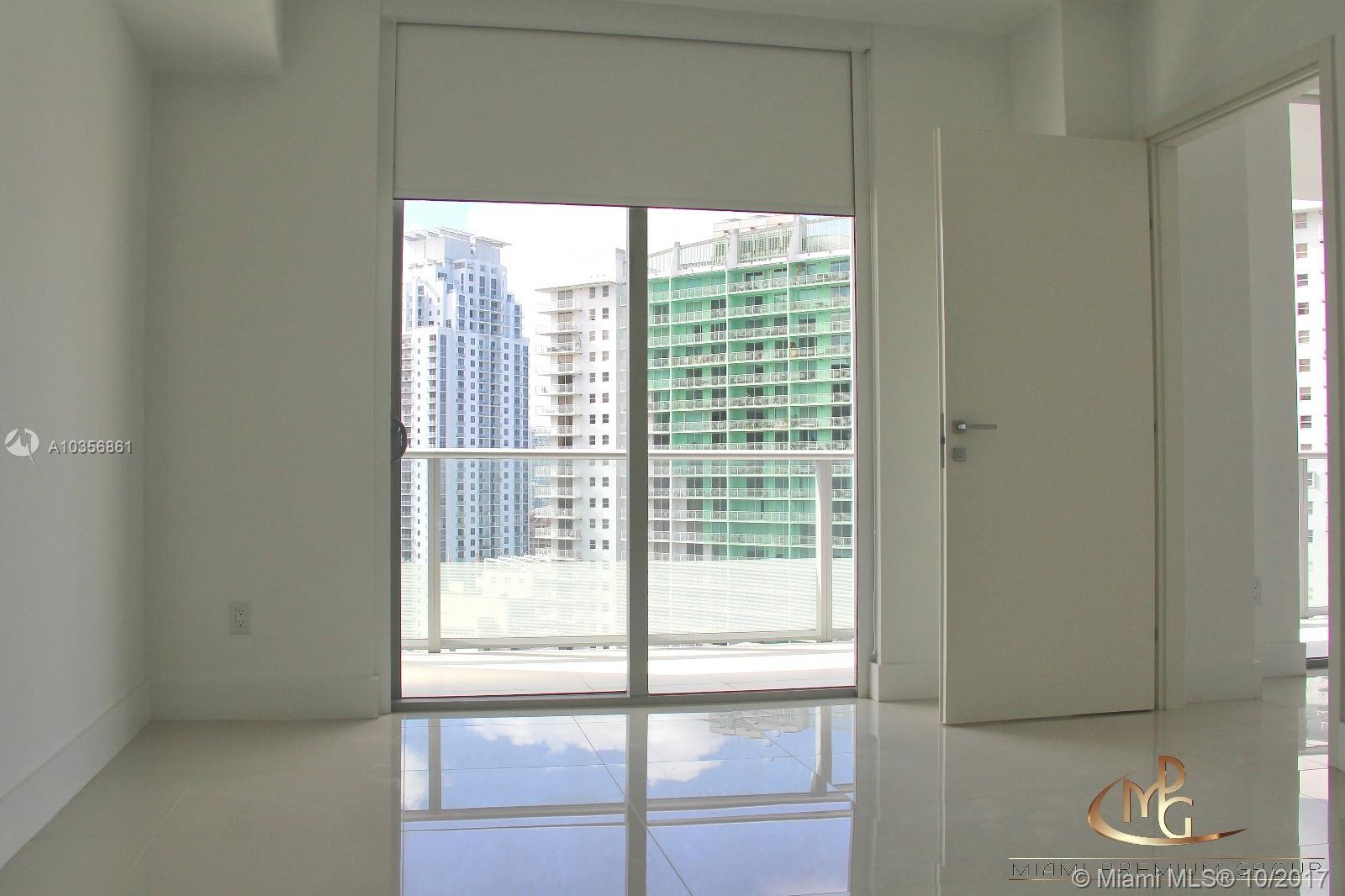 Brickell House image #3