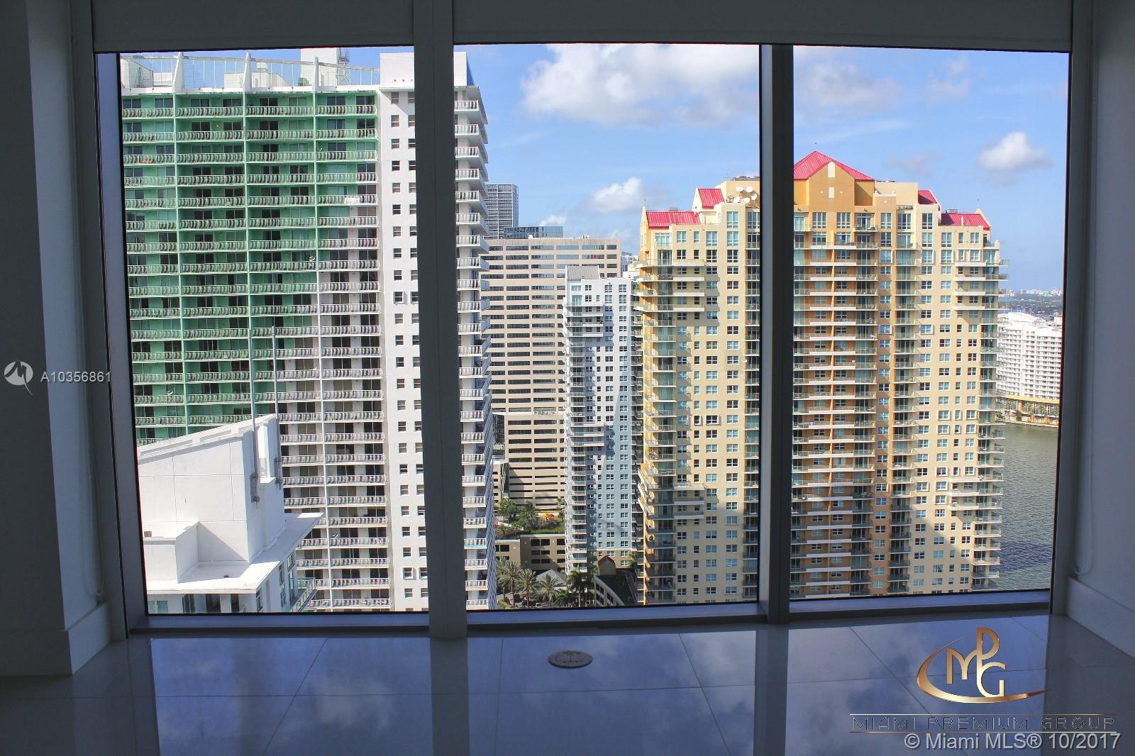 Brickell House image #7