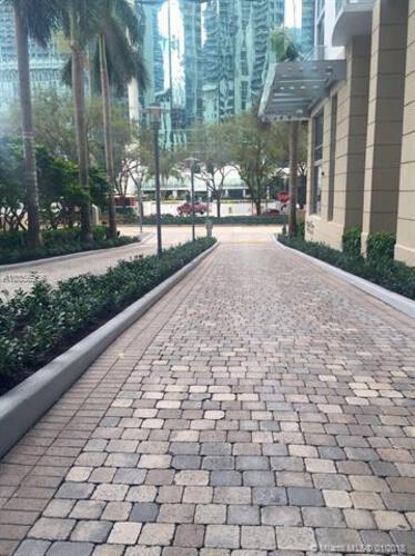 Avenue 1060 Brickell image #28