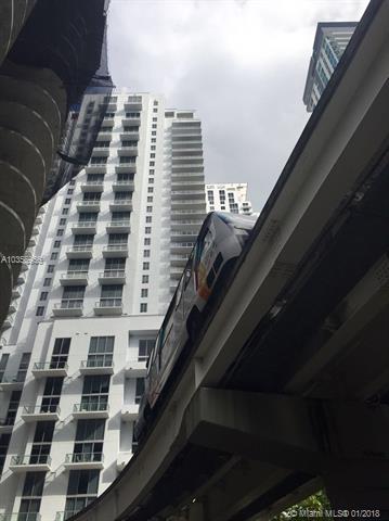 Avenue 1060 Brickell image #33