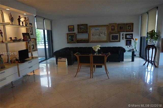 151 SE 15th Rd, Miami, FL 33129, Brickell East #202, Brickell, Miami A10370475 image #4