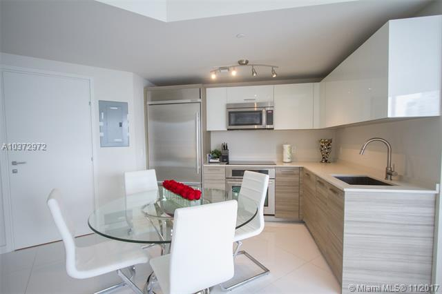 Brickell House image #21