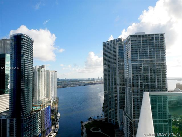 Brickell on the River South image #32