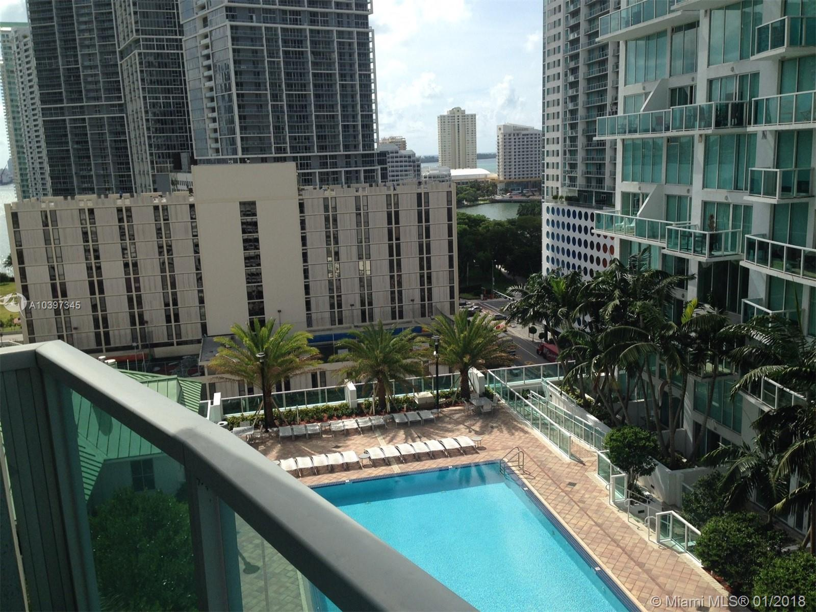 Brickell on the River North image #17