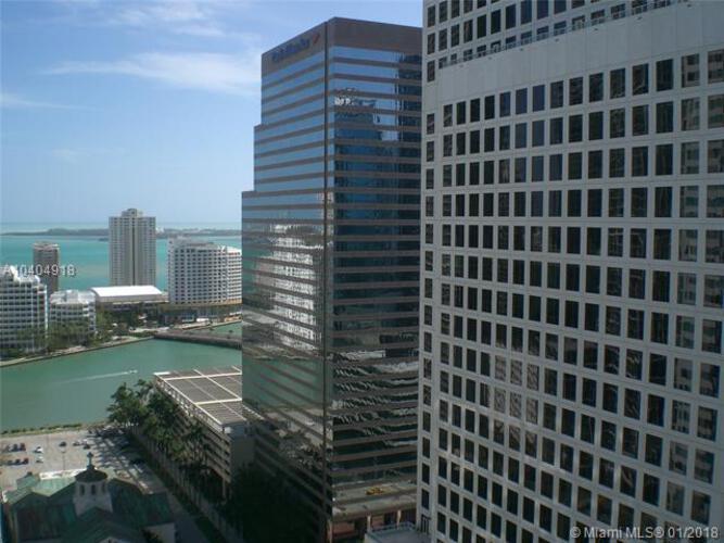 500 Brickell Avenue and 55 SE 6 Street, Miami, FL 33131, 500 Brickell #3004, Brickell, Miami A10404918 image #10
