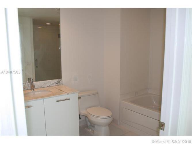 500 Brickell Avenue and 55 SE 6 Street, Miami, FL 33131, 500 Brickell #3906, Brickell, Miami A10407505 image #5
