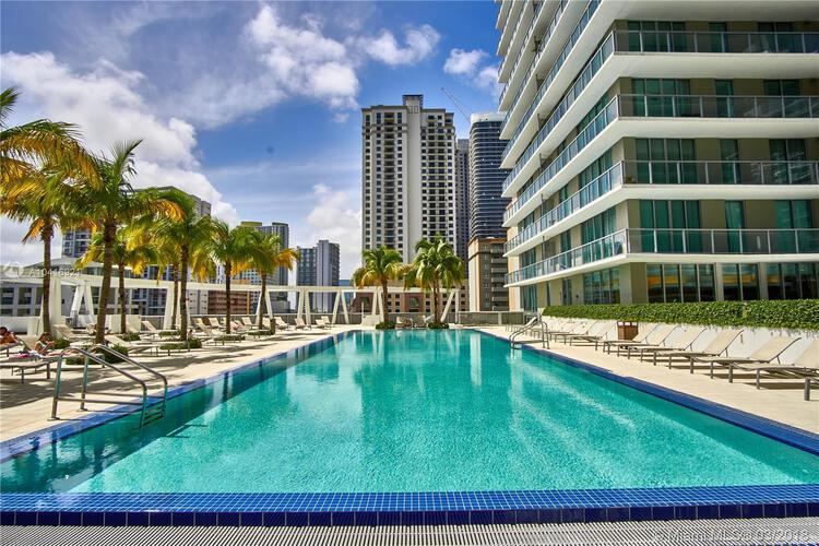 1111 SW 1st Avenue, Miami, FL 33130 (North) and 79 SW 12th Street, Miami, FL 33130 (South), Axis #3011-S, Brickell, Miami A10416921 image #12
