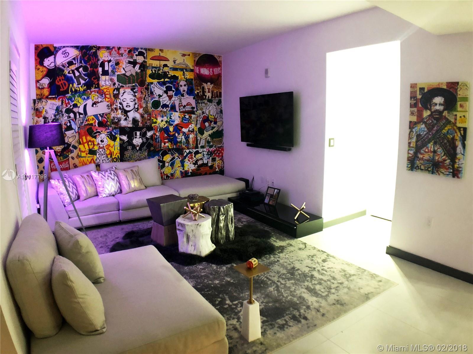 1010 Brickell image #9