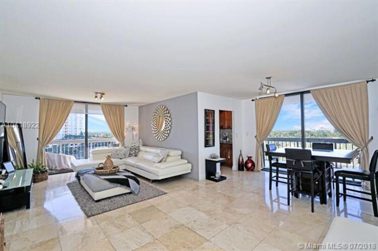 2333 Brickell Avenue, Miami Fl 33129, Brickell Bay Club #816, Brickell, Miami A10418922 image #1