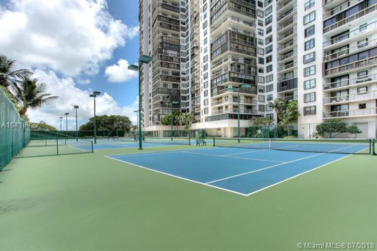 2333 Brickell Avenue, Miami Fl 33129, Brickell Bay Club #816, Brickell, Miami A10418922 image #19